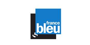 Sandrine Fougère, voix off officielle de la radio France Bleu depuis plus de 20 ans